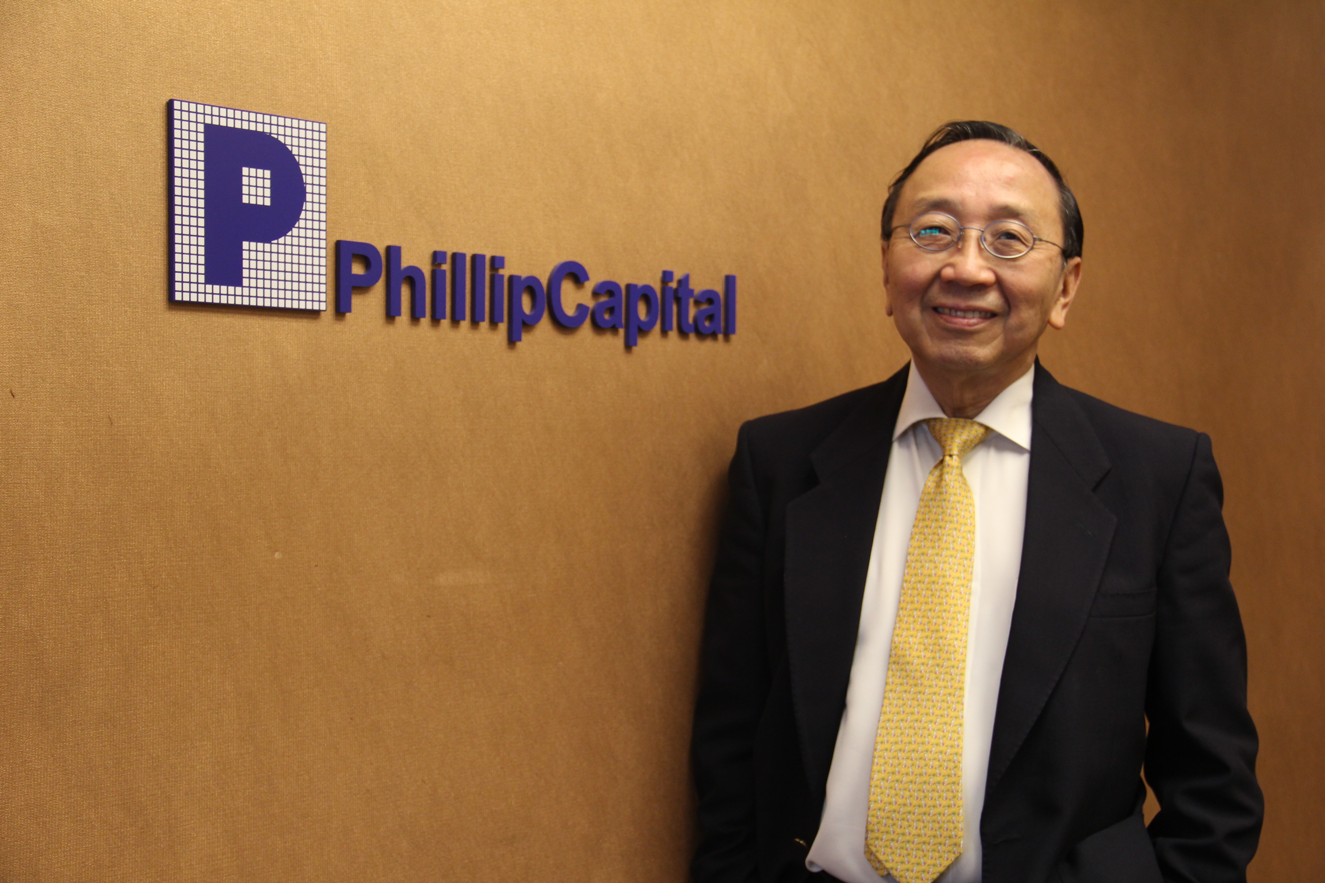 PhillipCapital Chairman Awarded Singapore Businessman of the Year